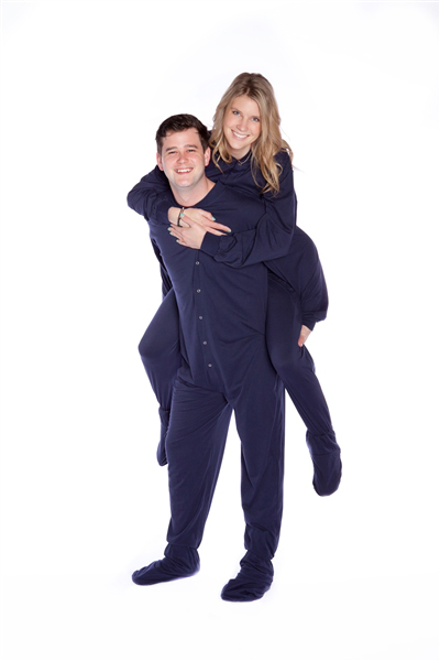 PajamaMania men's fleece onesie pajamas are perfect for staying warm on chilly nights. % Polyester – Super plush fleece Footed onesie with long sleeves, half-zip closure, 2 side pockets, ribbed knit cuffs and neckline, elastic ankles and non-slip grippers on soles /5(9).